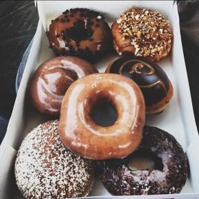 chocolate-donuts-food-sprinkles-Favim.com-2569882