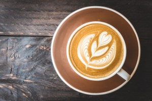 latte-coffee-cup_1203-3395