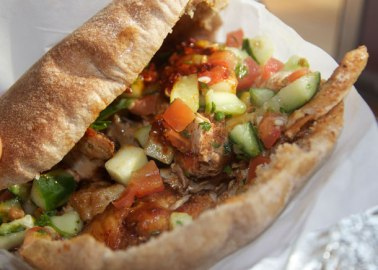 20121023-227307-hummus-pita-co-chicken-shawerma